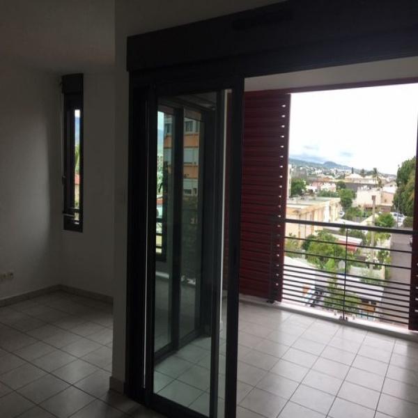 Offres de vente Appartement Saint-Pierre 97410